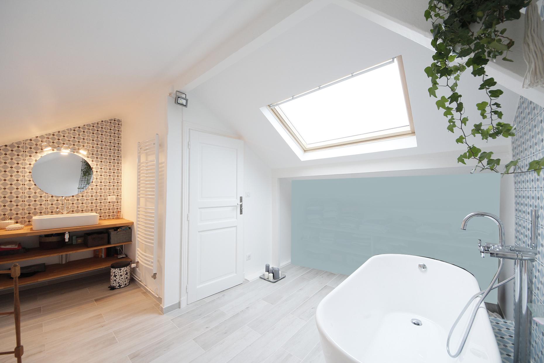 une salle de bain fonctionnelle et cosy vos plans sur la. Black Bedroom Furniture Sets. Home Design Ideas